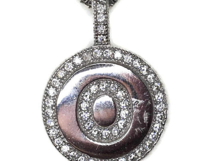 Cubic Zirconia round circle pendant with white gold on silver