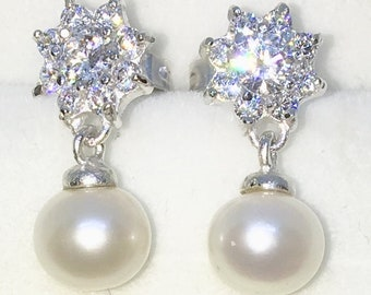 Brand New White Gold on 925 Solid Sterling Silver Eight Petal Flower cz with hanging pearl Dangle Drop Earrings ( 7 . 4  mm )