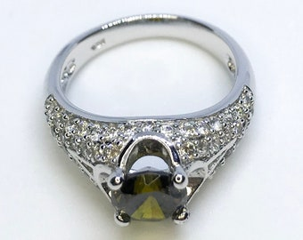 NEW 14K White Gold Layered on Sterling Silver Dark Green Circle Stone Ring