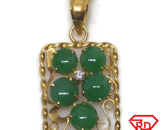 14k with diamond and round Jade yellow gold pendant