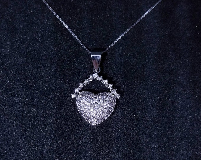New 14k White Gold On 925 Sterling Silver Cute Chained Heart CZ Stones Pendant Free Chain