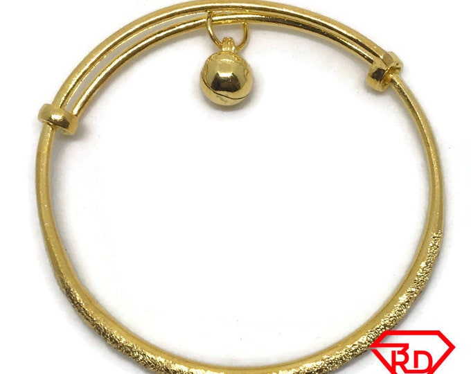 Diamond cut & bell slip in Baby Bangle .999 Yellow Gold Layer