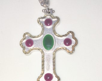 New White Gold on 925 Sterling Silver Pendant Artistic Budded Cross with Black Circles ( 27 . 6 mm )