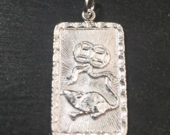 """Medium Size New 925 silver Reversible Design Chinese character writing """"Happiness"""" &  Year is the Rat / mouse Zodiac Charm Pendant"""