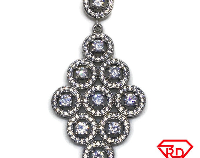 Grapes like Round Halo with white CZ pendant white gold Layer