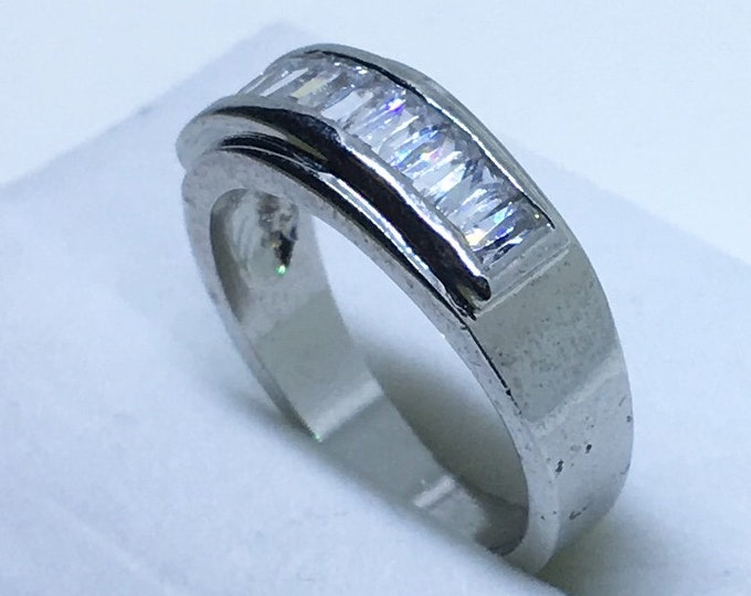 7 . 2 mm Brand New White Gold Plated with White Gems in Rectangular Center on Stainless Steel ring band