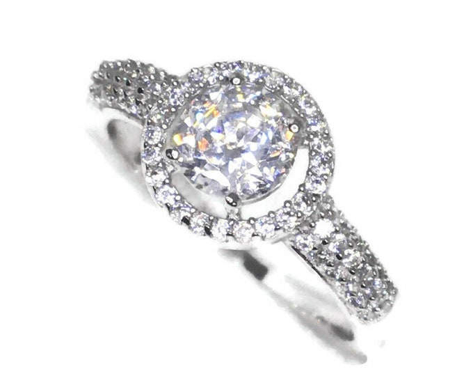 Halo with white round CZ White gold on Silver ring Band (size 7)