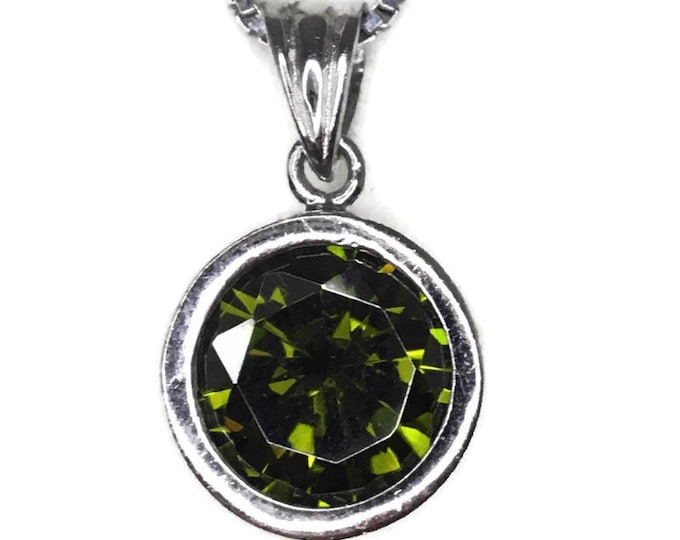 Peridot August Birthstone Pendant small Cubic Zirconia & white gold