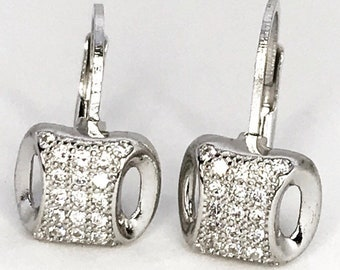 Sophisticated lever back Sterling Silver Earrings