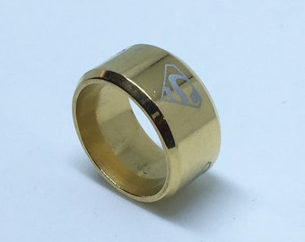 9 . 8 mm Brand New Yellow Gold Plated with Superman Symbol on Stainless Steel ring band