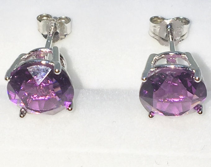 New White Gold on 925 Solid Sterling Silver Single Medium Purple Round CZ Studs Earrings ( 8 . 1 mm )