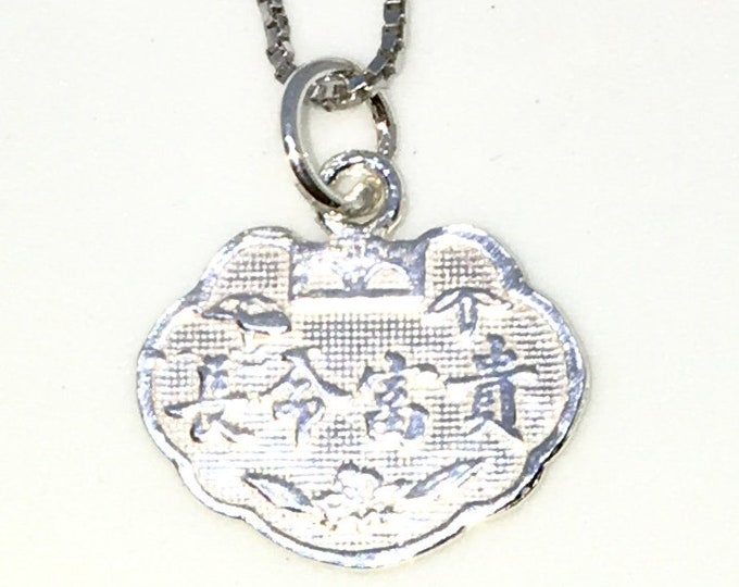 Brand New 925 Solid Sterling Silver Tiny Pendant with Good Fortune Dragon symbol and Free chain