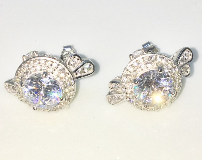 New White Gold on 925 Solid Sterling Silver Candy shape with Large and tiny Round white CZ Studs Earrings ( 14 . 6 mm )