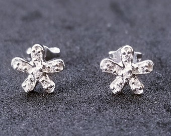 New 14K White Gold on 925 Sterling Silver Small Simple Flower Earrings