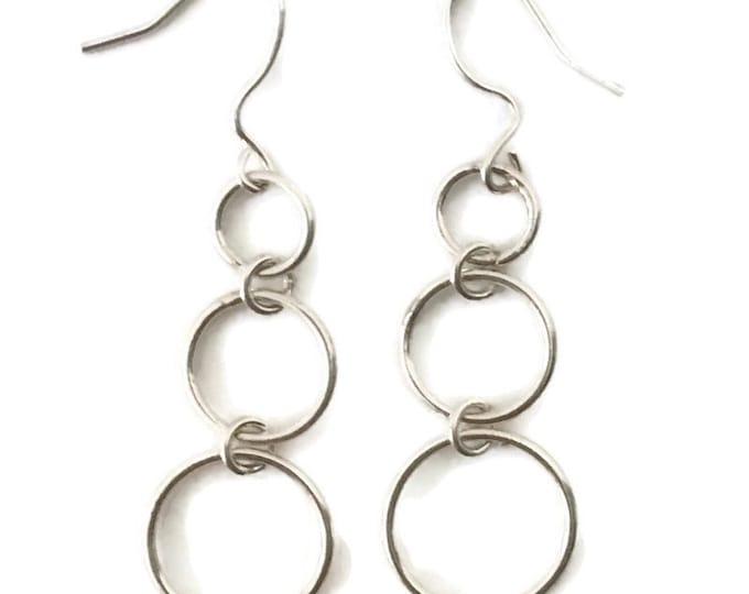 Brand New Anti-tarnish Silver Earrings dangle drop circles  ( 14 . 9 mm )