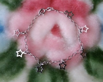18k White Gold layer on Solid 925 Sterling Silver Dangling Unique Star Charms Bracelet