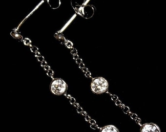 Gorgeous white gold on 925 silver dangling earring