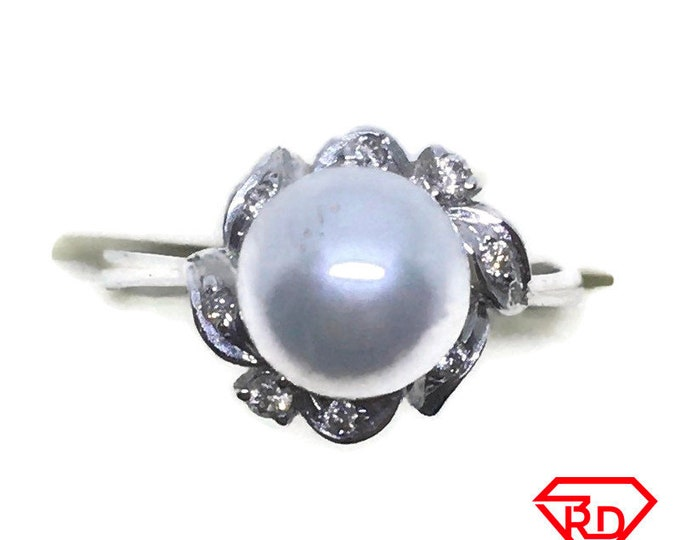 Flower Diamond & pearl ring 14k white gold S7