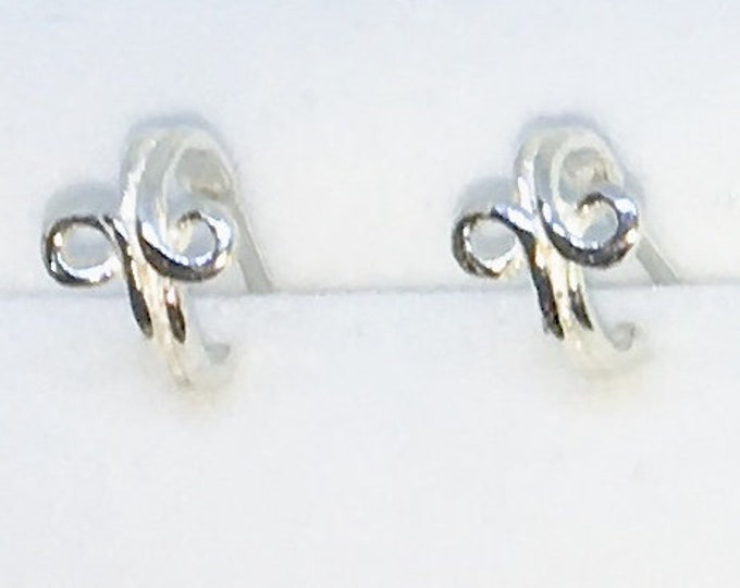 New Handcraft Infinity Symbol on 925 Solid Sterling Silver Stud Earrings ( 7 . 1 mm )