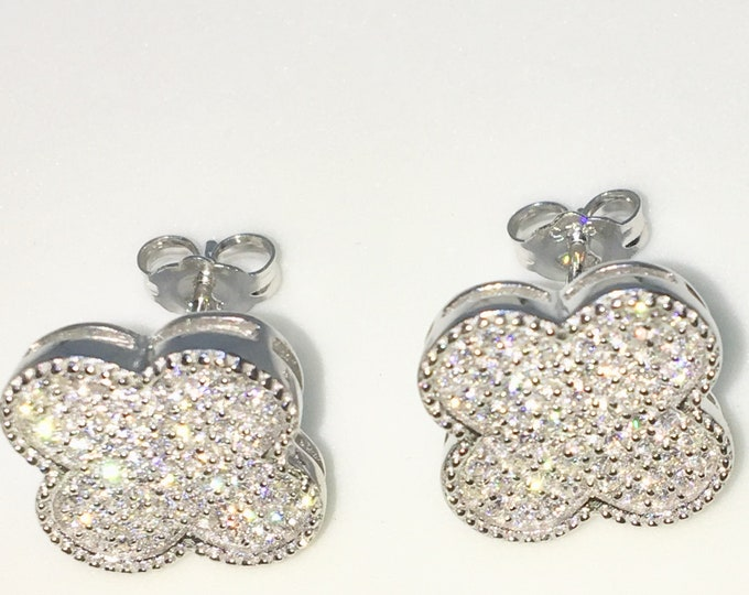 New White Gold on 925 Solid Sterling Silver Clover shape with tiny Round white CZ Studs Earrings ( 13 . 1 mm )