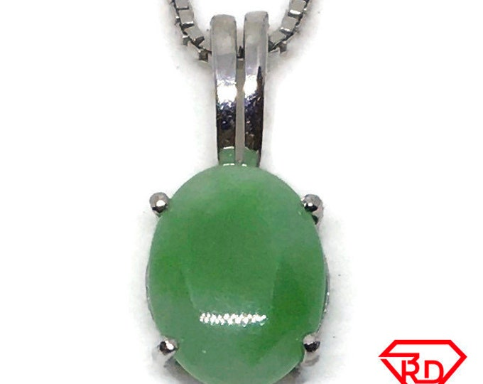 Little green Jade Pendant white gold on silver and free chain