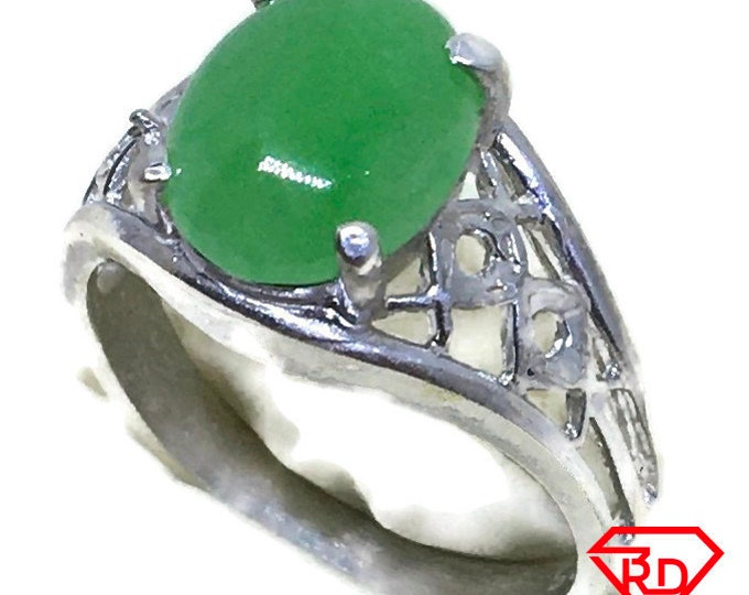 Oval Jade ring small 4 prong set 925 silver s6 . 5
