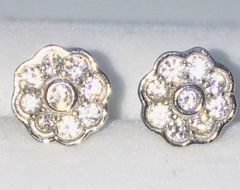Brand New White Gold on 925 Solid Sterling Silver Eight Petal Flower with white round CZ studs Earrings ( 8 . 1 mm )