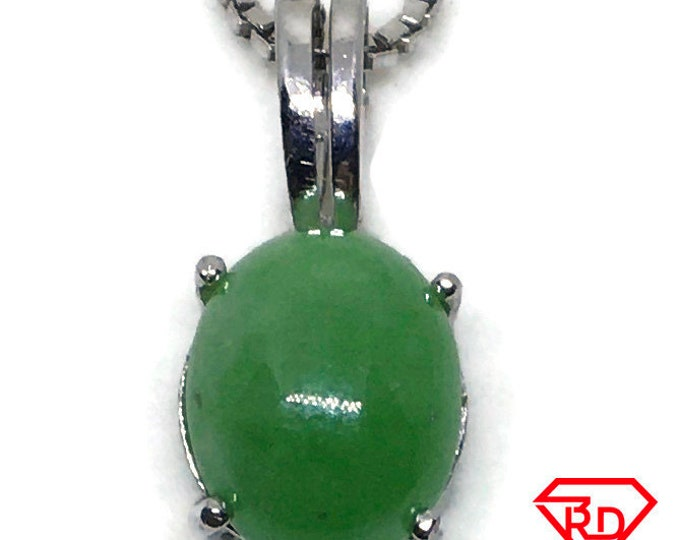 small green Jade Pendant white gold on silver and free chain