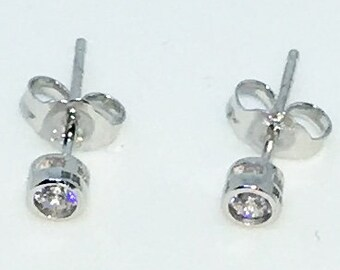 14k White Gold Layered Single Small CZ on 925 Solid Sterling Silver Stud Earrings ( 3 . 8 mm )