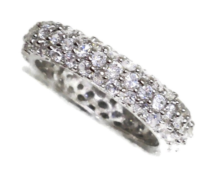 Eternity ring Cubic Zirconia round white gold on Silver ( size 8 . 5 )