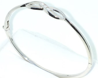 New White Gold Layered on 925 Solid Sterling Silver Oval Bangle Bracelets Semi infinity white round CZ and Box clasp