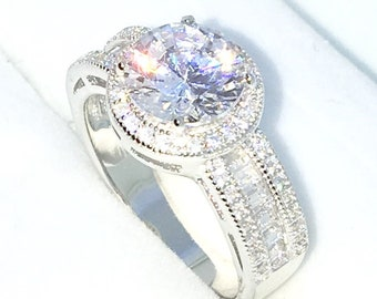 New Handcraft White Gold Plated on Sterling Silver engagement ring band with 4 prong white round CZ and emerald CZ