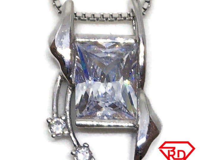 Emerald Cubic Zirconia pendant white Gold on 925 silver