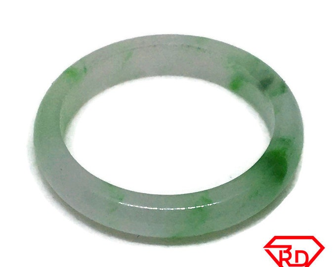 Smooth Plain Round Light green jade ring Band (Size 7)