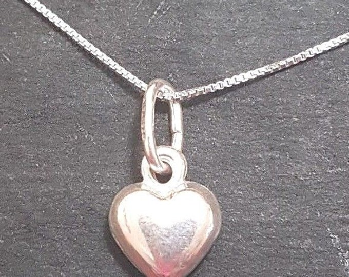 New anti tarnished 925 sterling silver small heart pendant charm with free chain