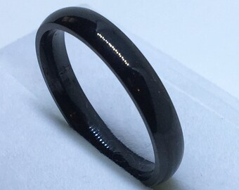 4 . 0 mm Brand New Gothic Black Plated on Smooth Plain Stainless Steel ring band