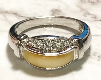 NEW 14K White Gold Layered in Sterling Silver shiny white stone Ring