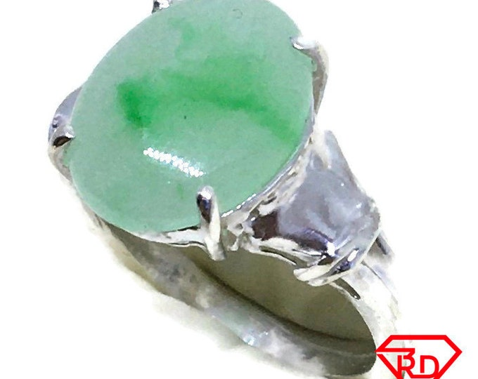 Oval light green Jade ring 4 prong set 925 silver s5