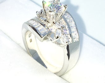 New Handcraft White Gold Plated on Sterling Silver curly ring band with white emerald CZ and 4 prong round cz