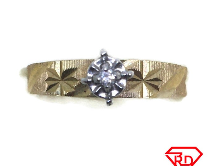 Small star Diamond ring 14k Double gold S6