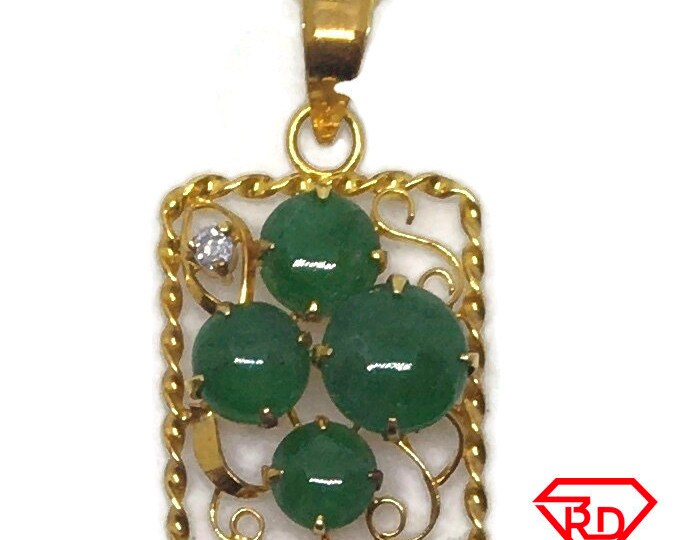 14k with diamond and green Jade yellow gold pendant
