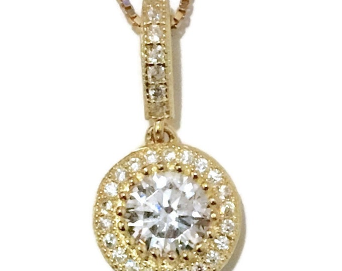 Brand New Yellow Gold on 925 Silver Pendant white CZ with free chain