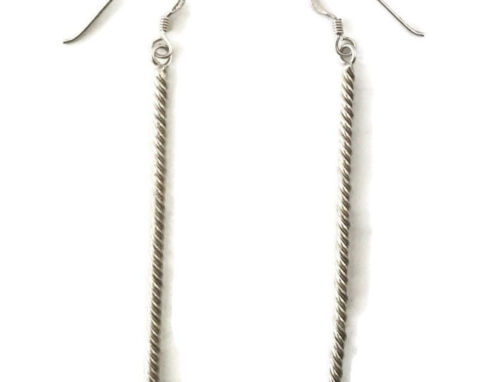 Brand New Anti-tarnish Silver Earrings dangle drop twisted thin long rod ( 2 . 1 mm )
