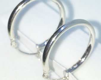 Brand New White Gold on 925 Solid Sterling Silver Plain Smooth Thick Medium Hoop earrings ( 24 . 8  mm )