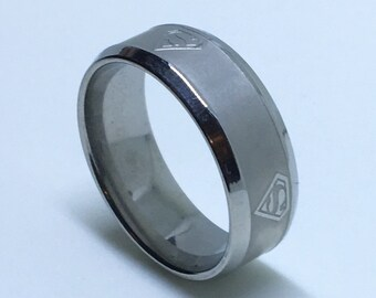 8 . 0 mm Brand New White Gold Plated with Superman logo on Stainless Steel ring band