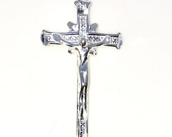 Brand New 925 Solid Sterling Silver Medium Pendant with Jesus Crucifixion Cross