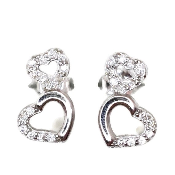 Brand New white gold on 925 Silver Studs Earrings Small Double Heart with white round CZ ( 6 . 4 mm )