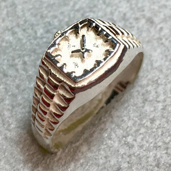 New handcrafted 925 Sterling Silver small Watch Ring Size 6