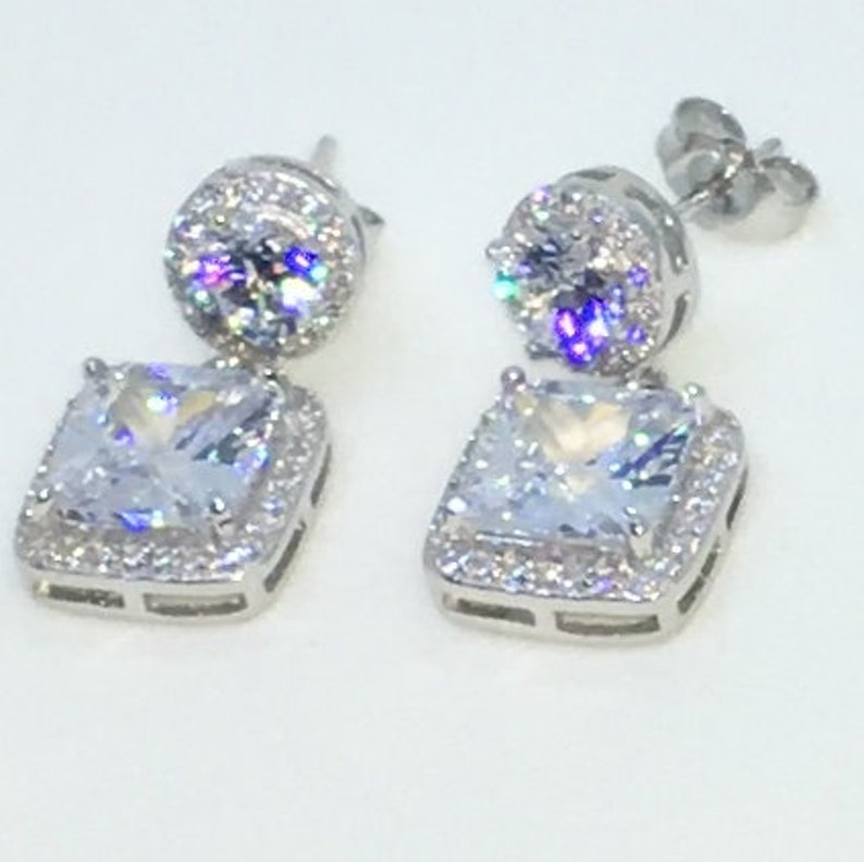 14k White Gold Layered Round and Square shaped CZ on 925 Solid Sterling Silver Dangle Drop Earrings 10 . 6 mm