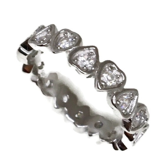 Brand New White Gold on 925 Sterling Silver Eternal Ring Band Heart shape White CZ ( size 6 )